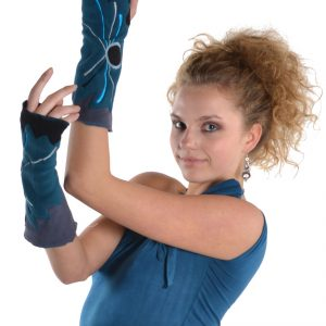Embroidered fleece arm warmers